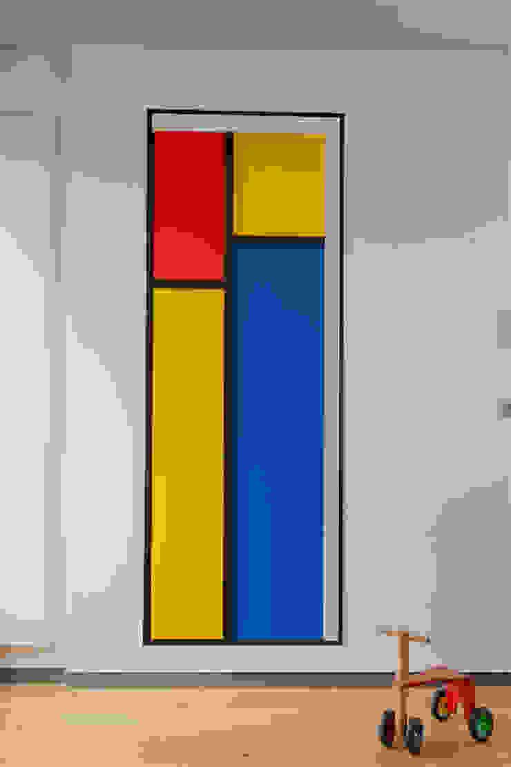 minimalist  by MELANIE LALLEMAND ARCHITECTURES, Minimalist