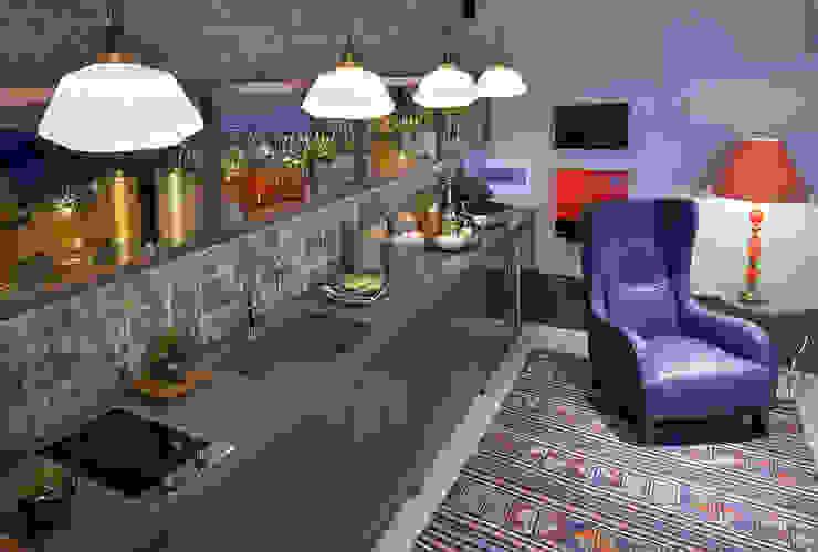 Loft Sustentável - Ambiente da Casa Cor SC 2015 Studium Saut Arte & Interiores CozinhaPias e torneiras