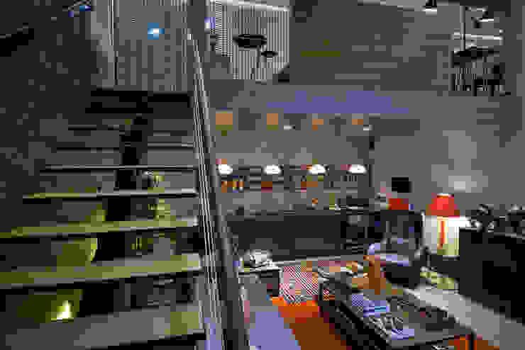 modern  von Studium Saut Arte & Interiores, Modern