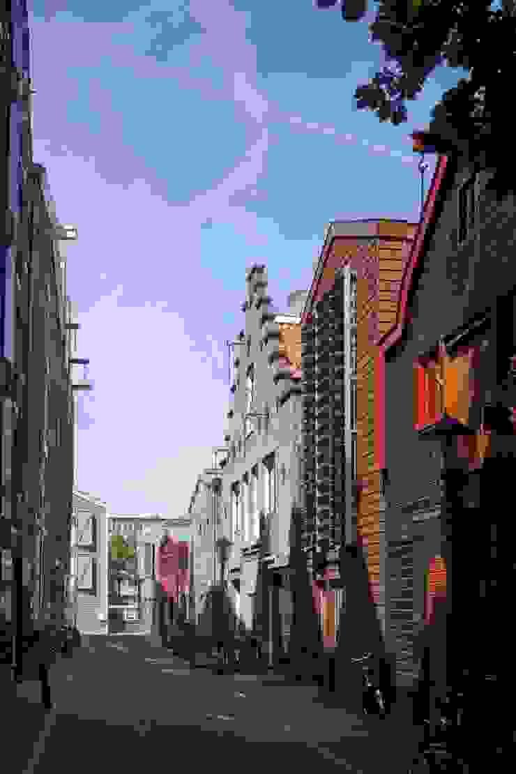 Modern Houses by HOYT architecten Modern