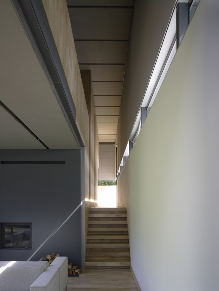 Project X Almere Moderne gangen, hallen & trappenhuizen van Rene van Zuuk Architekten bv Modern