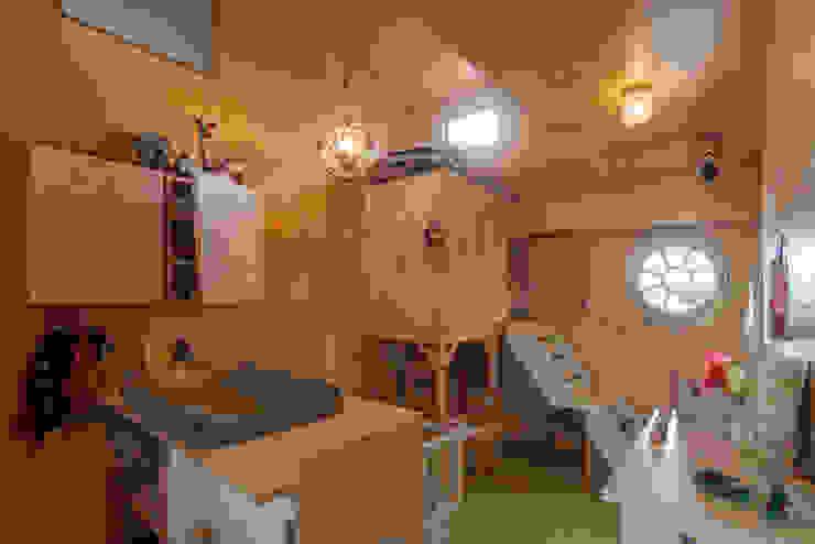 WOONSCHIP LA GONDOLA_07 Moderne jachten & jets van HOYT architecten Modern