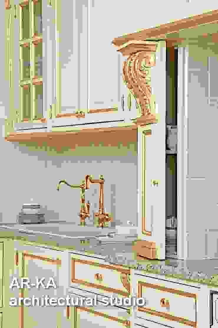 Принцип семейного совета Кухня в классическом стиле от AR-KA architectural studio Классический