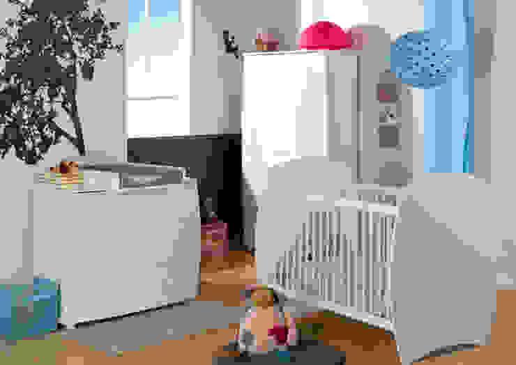 Dormitorio de bebé completo. Modelo MEDEA en color blanco Mobikids Habitaciones infantilesCamas y cunas
