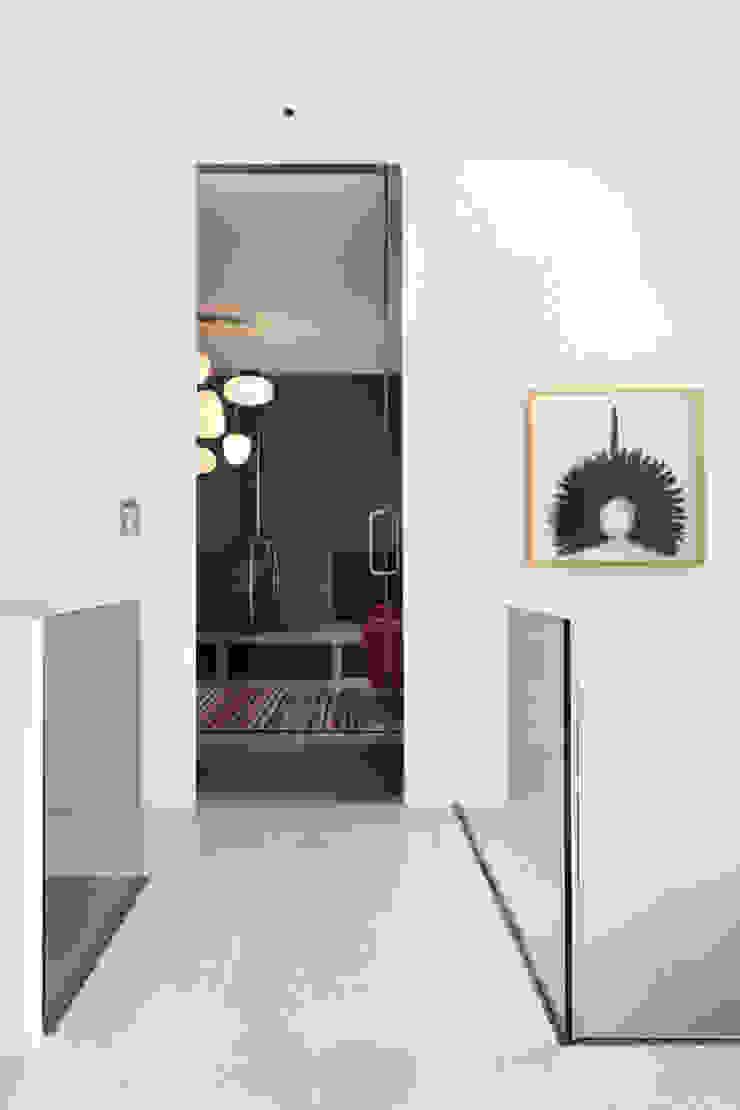 E2 PAVILION ECO HOUSE, BLACKHEATH Modern media room by E2 Architecture + Interiors Modern