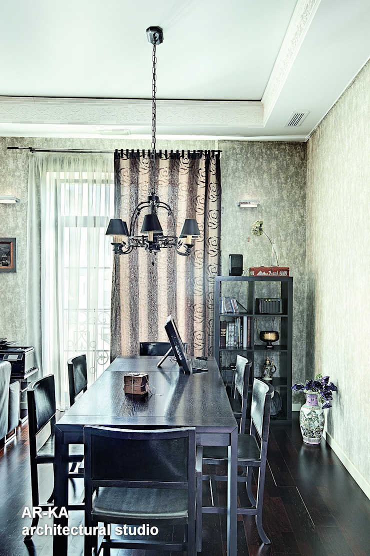 Модернизм в исторической среде Столовая комната в стиле лофт от AR-KA architectural studio Лофт
