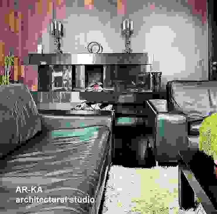 Модернизм в исторической среде Гостиная в стиле лофт от AR-KA architectural studio Лофт