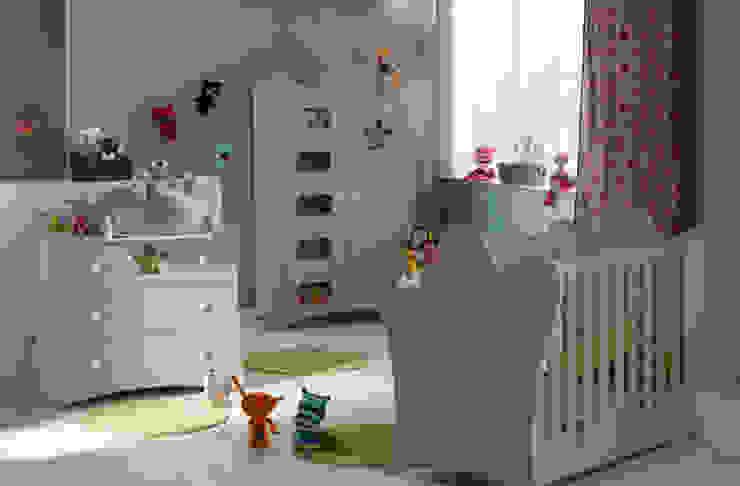 Dormitorio de bebé completo. Modelo KING en color lino de Mobikids Moderno