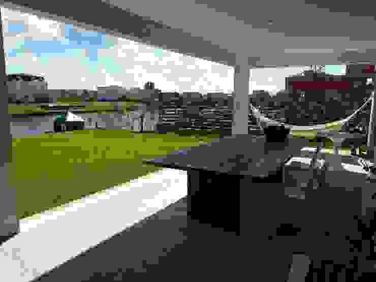 Alisos 74, Nordelta Casas modernas: Ideas, imágenes y decoración de HOUSING ARGENTINA SA Moderno