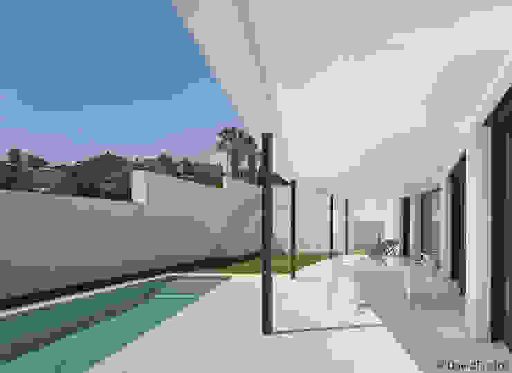 Casa Cabo Balcones y terrazas de estilo moderno de Martin del Guayo Moderno