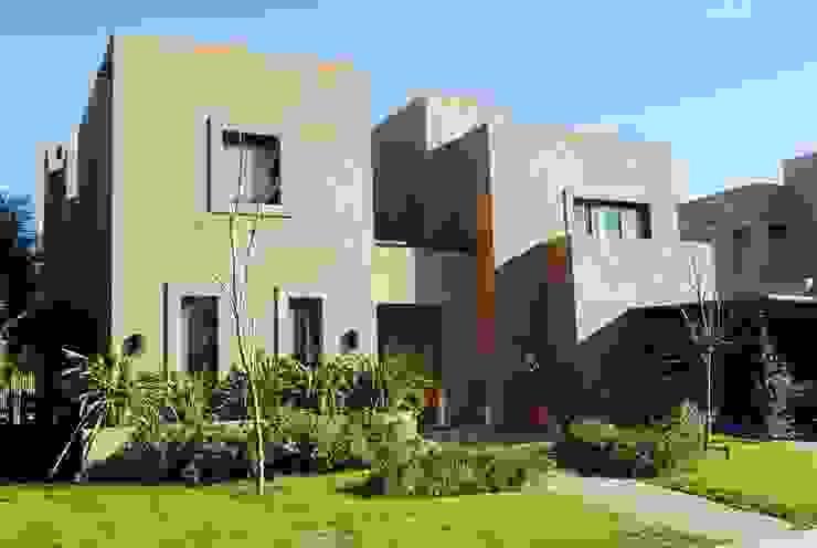 모던스타일 주택 by Parrado Arquitectura 모던