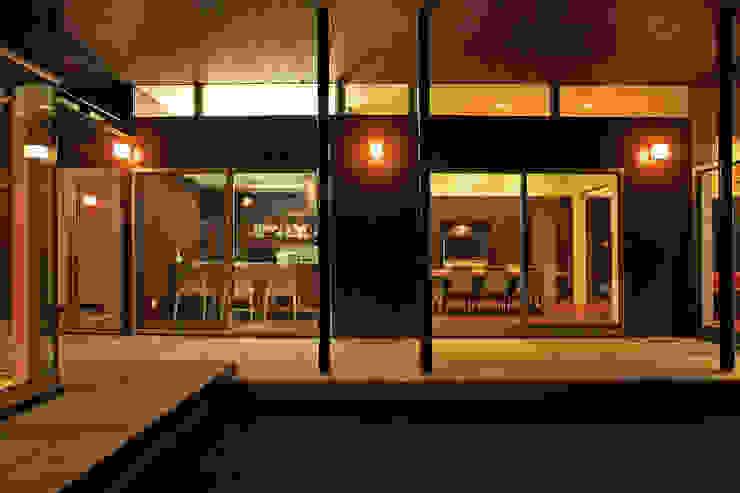 キッチン、ダインイング モダンな 家 の 猪股浩介建築設計 Kosuke InomataARHITECTURE モダン