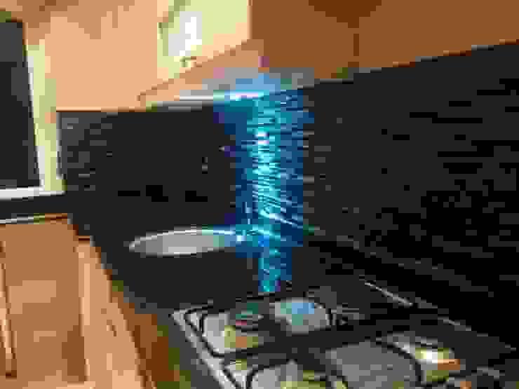 Damla Yapı Teknik – Svein Gundersen Evi:  tarz Mutfak