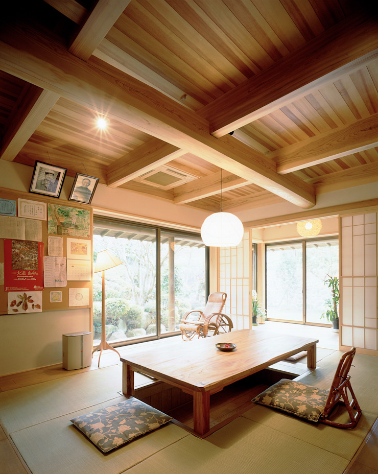 鳴滝の家 和風デザインの リビング の 鶴巻デザイン室 和風