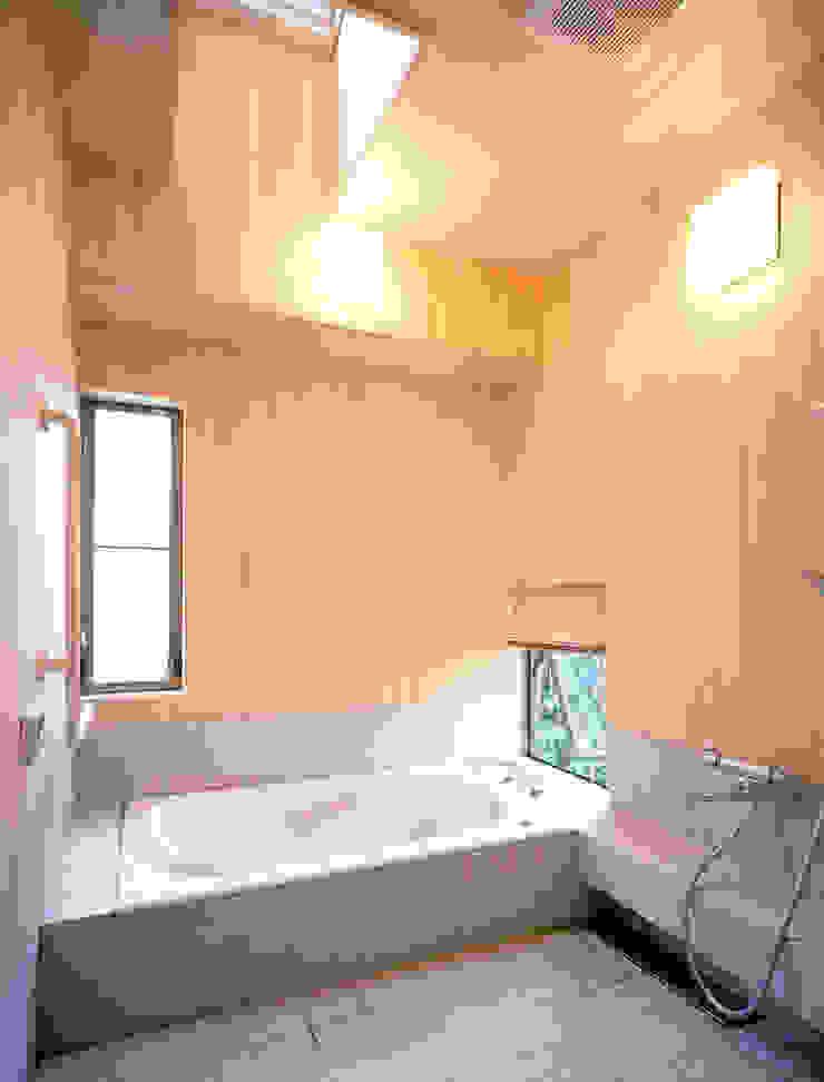 鳴滝の家 和風の お風呂 の 鶴巻デザイン室 和風