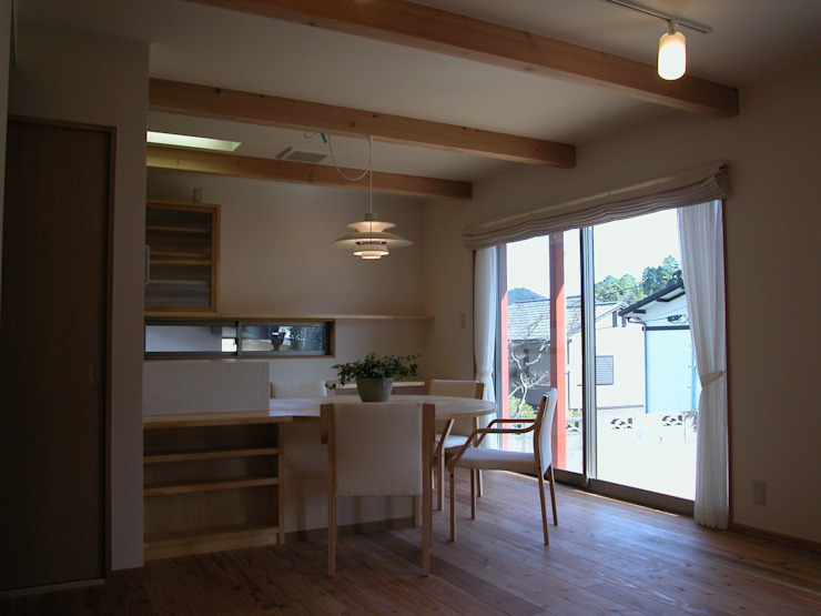 PETANKOの家 ミニマルデザインの ダイニング の 鶴巻デザイン室 ミニマル