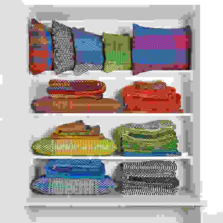 Simon Key Bertman Textile Design & Art: modern tarz , Modern
