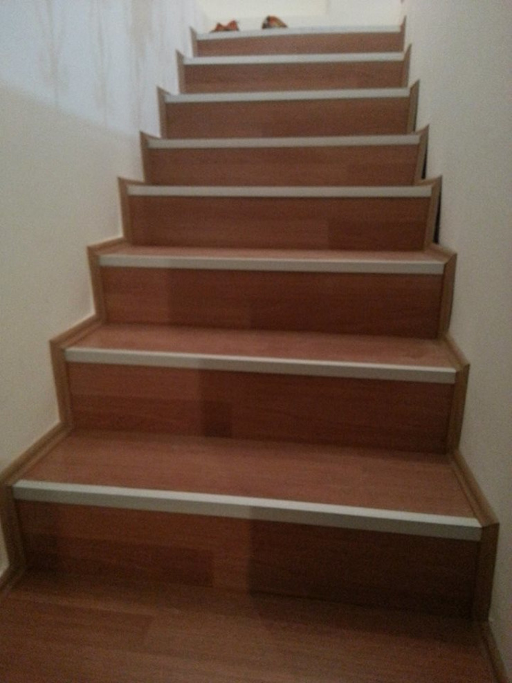 Yaptığımız işler Modern Koridor, Hol & Merdivenler Boz yapı inşaat tasarım ve mimarlık Modern