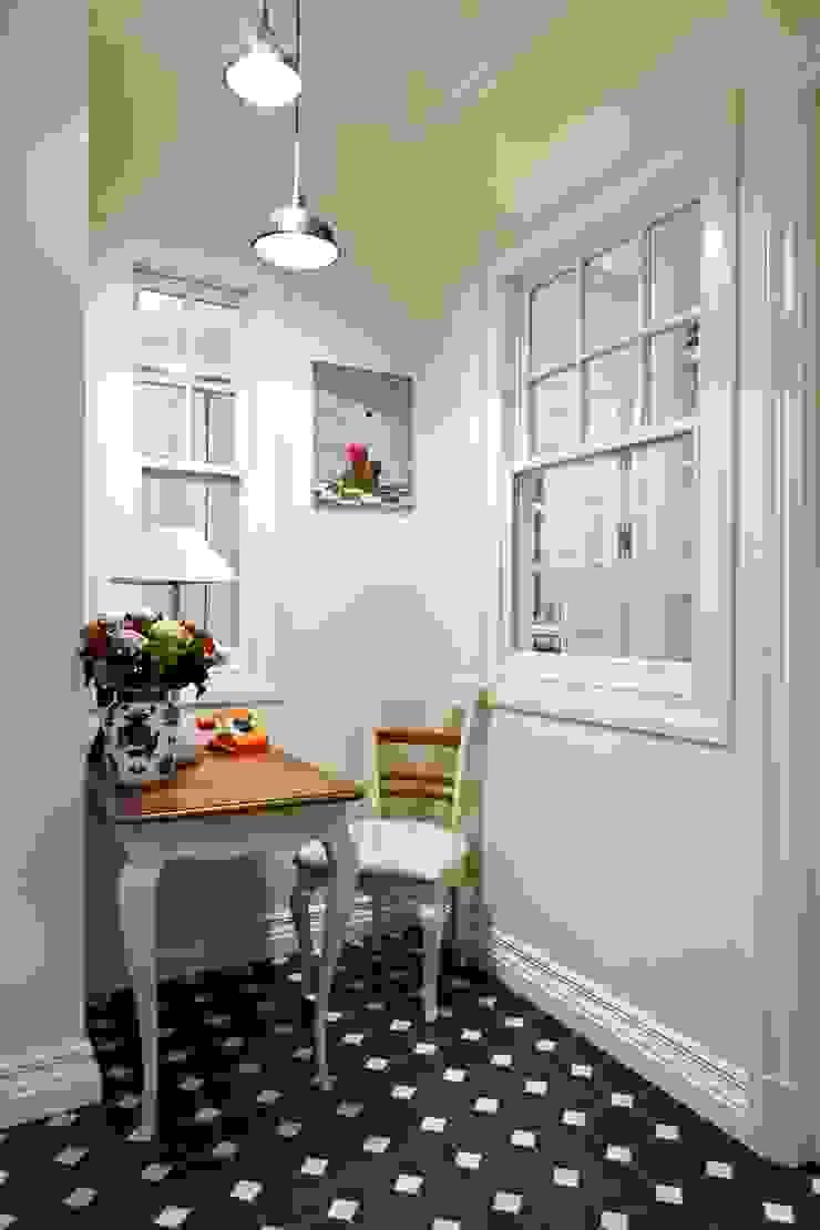 Квартира на Остоженке Столовая комната в классическом стиле от D'Seesion Классический