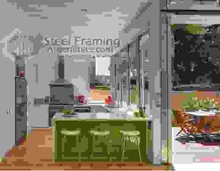 Interiores de Casas en Steel Framing Cocinas modernas: Ideas, imágenes y decoración de Steel Framing Argentina Moderno Hierro/Acero