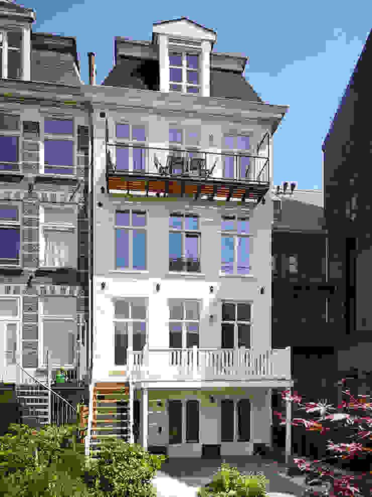 Achtergevel Klassieke huizen van Lumen Architectuur Klassiek