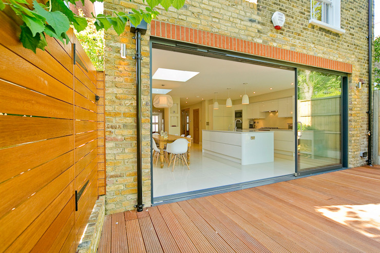 Private House - Highgate Modern kitchen by New Images Architects Modern