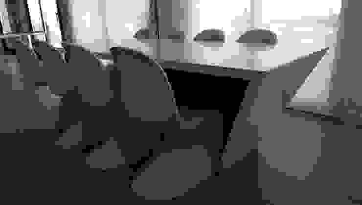 minimalist  by FUSTERS CÓRDOBA, Minimalist Wood-Plastic Composite