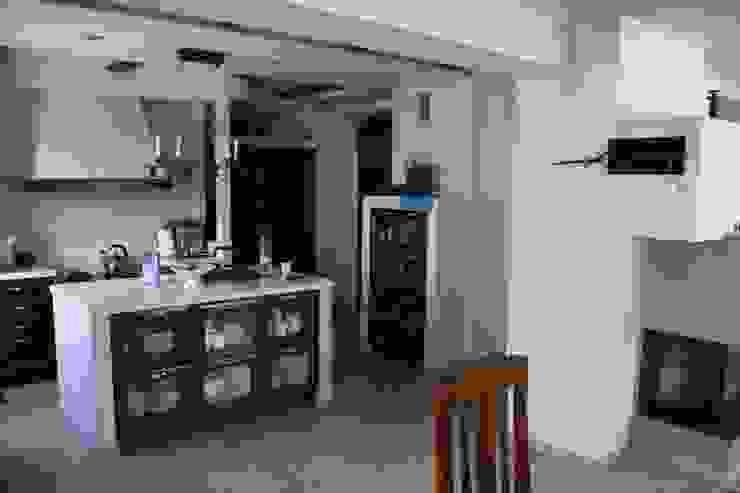 Cucina in stile rustico di Art-Deko Pracownia Projektowa Rustico