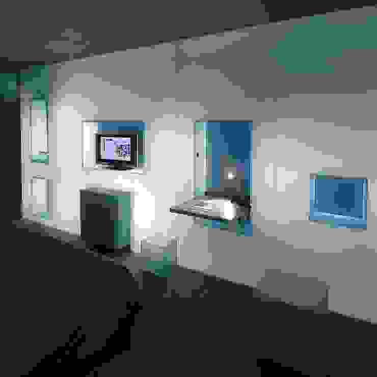 Paredes y pisos de estilo minimalista de RAFAEL VARGAS FOTOGRAFIA SL Minimalista