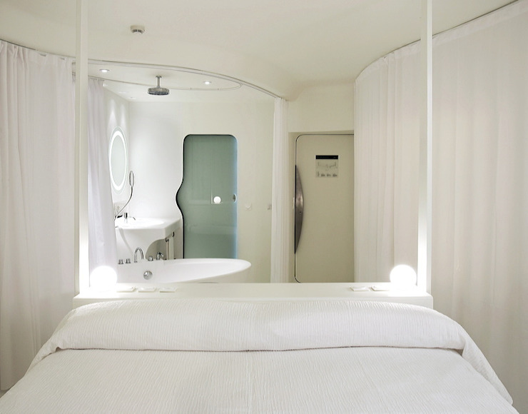 Eclectic style bedroom by RAFAEL VARGAS FOTOGRAFIA SL Eclectic
