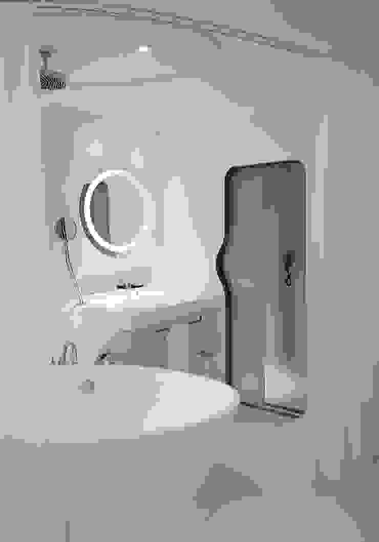 Modern Bathroom by RAFAEL VARGAS FOTOGRAFIA SL Modern