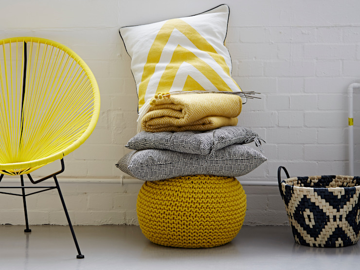 Yellow Chevron Cushion: eclectic  by rigby & mac, Eclectic