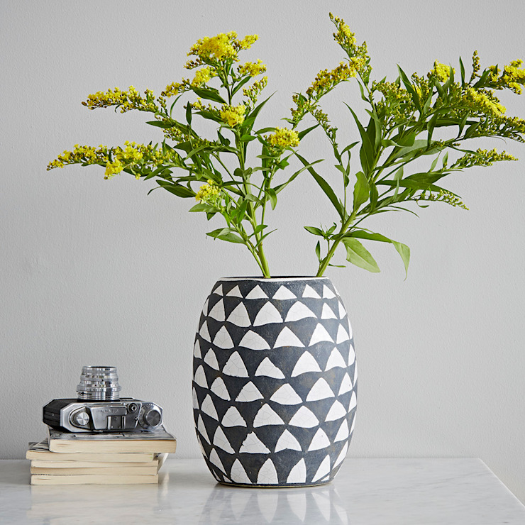 Home Accessories: eclectic  by rigby & mac, Eclectic