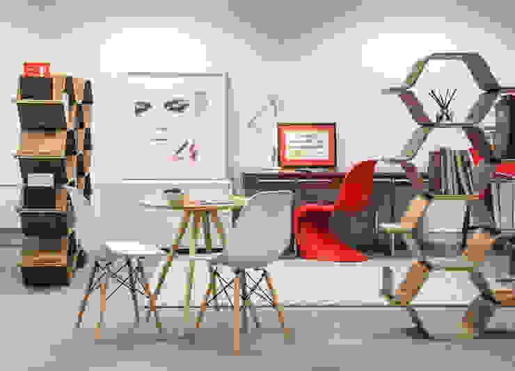 Bread PR Office Design Espaces de bureaux originaux par lara stancich interior design Éclectique