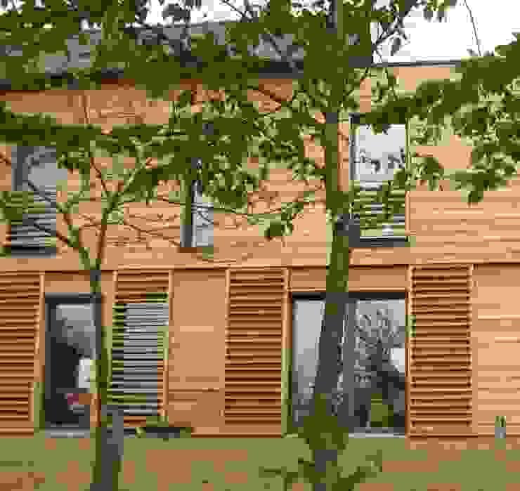 Puertas y ventanas modernas de Catherine DANIEL Architecte Moderno