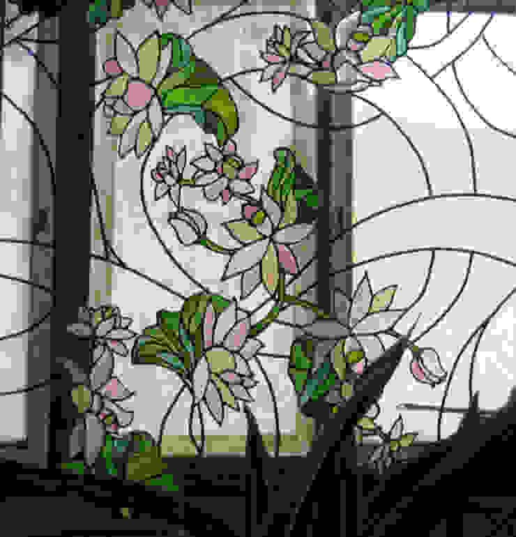 ВИТРАЖИ И РАБОТА СО СТЕКЛОМ Балкон и терраса в классическом стиле от Абрикос Классический