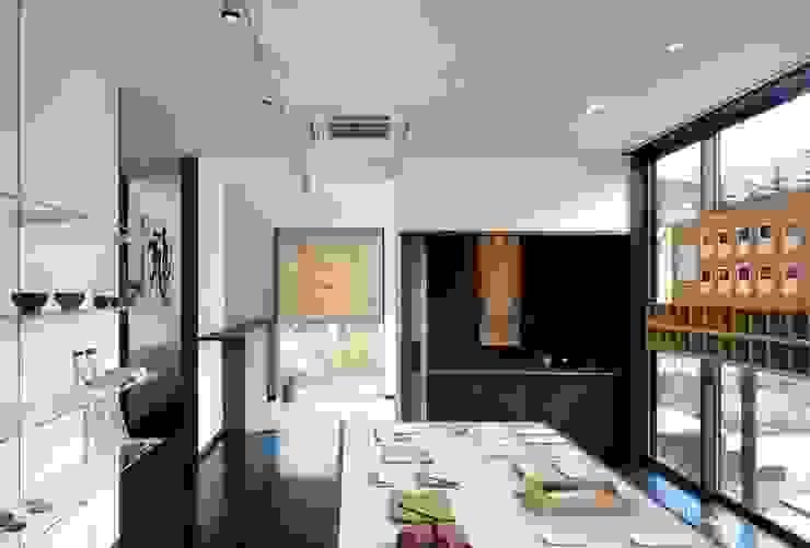 店舗 アジア風商業空間 の 忘蹄庵建築設計室 和風