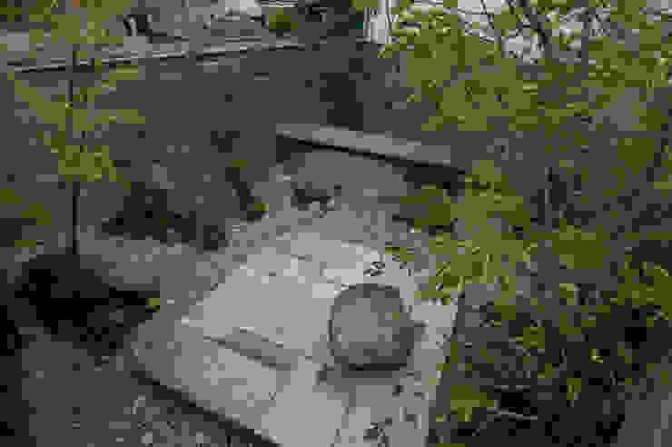 石と土02 オリジナルな 庭 の Garden design office萬葉 オリジナル