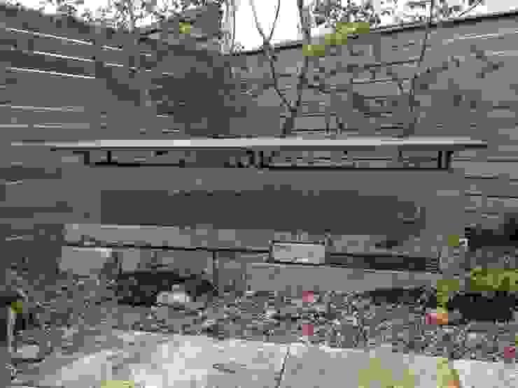 土塀 オリジナルな 庭 の Garden design office萬葉 オリジナル