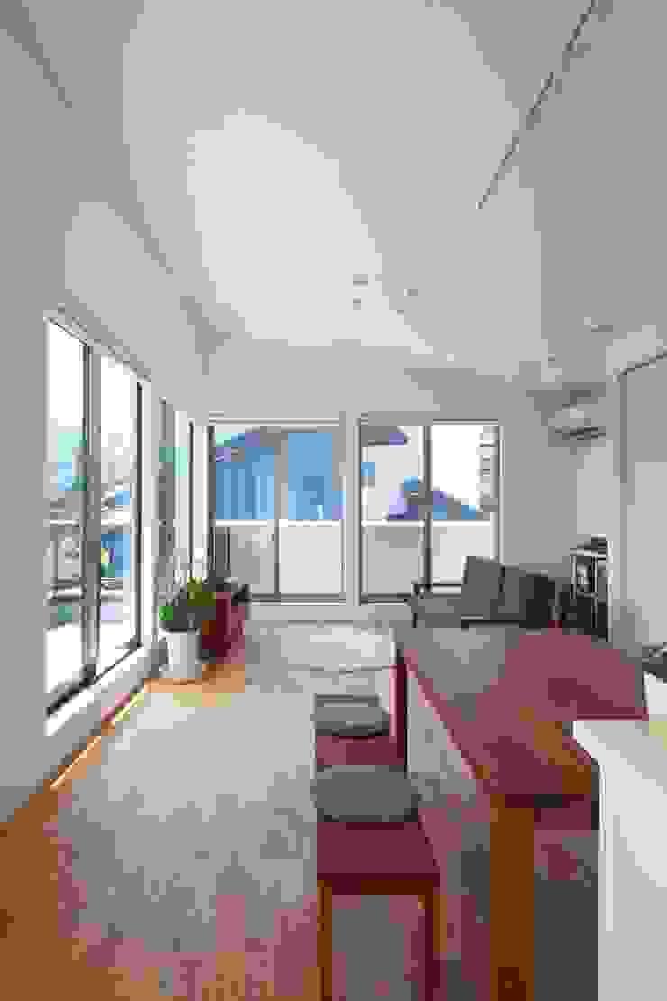MAS House オリジナルデザインの リビング の artect design - アルテクト デザイン オリジナル