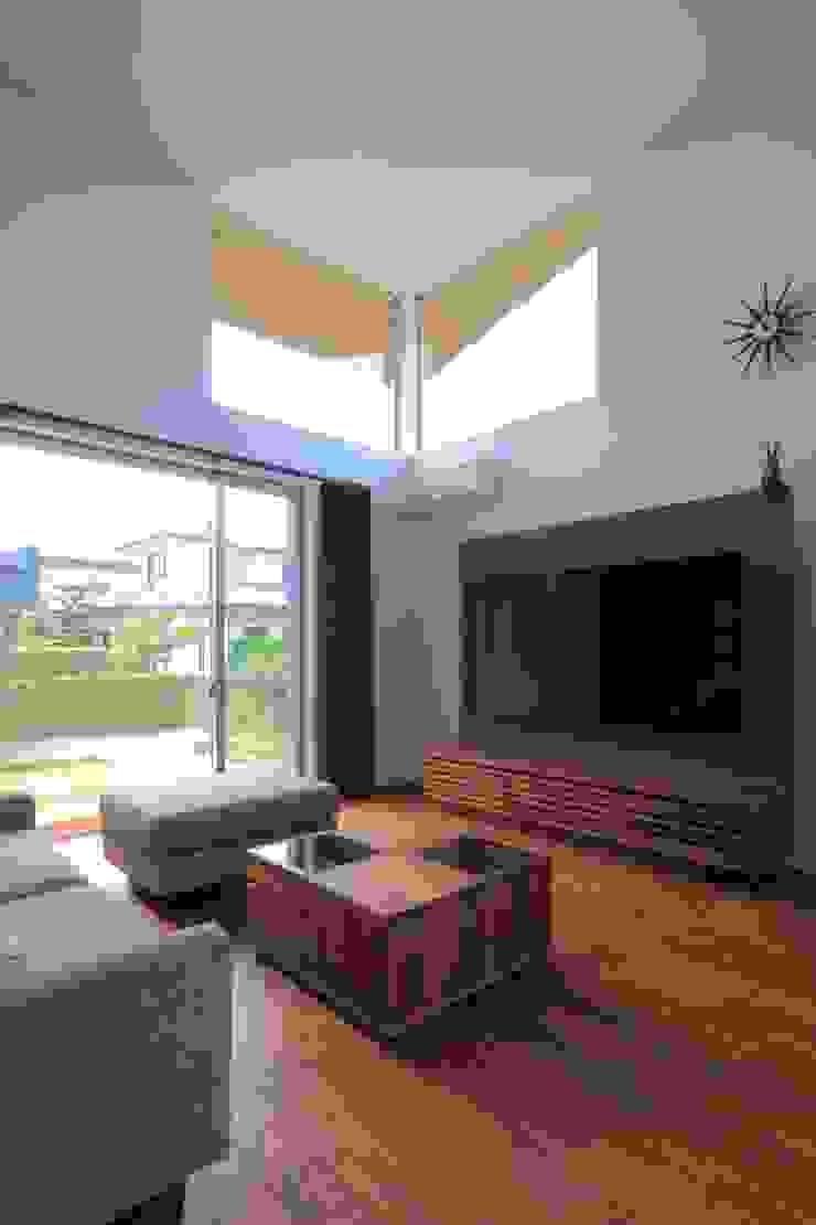 OKK House オリジナルデザインの リビング の artect design - アルテクト デザイン オリジナル