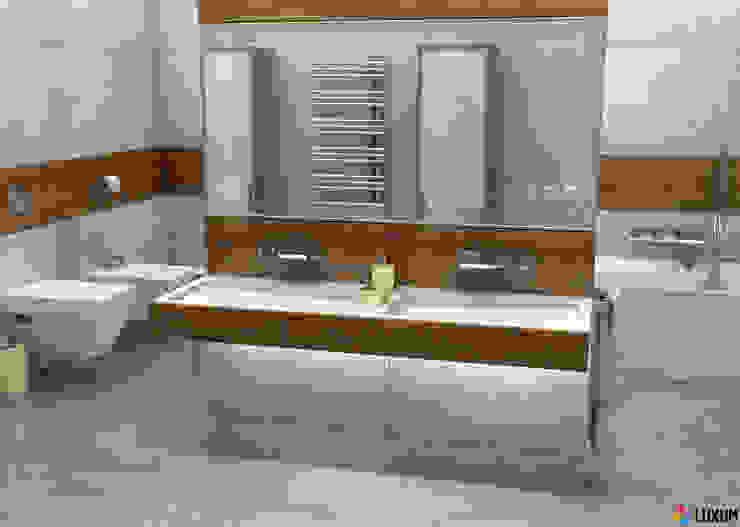 Płyty z betonu architektonicznego: styl , w kategorii Łazienka zaprojektowany przez Luxum,Nowoczesny