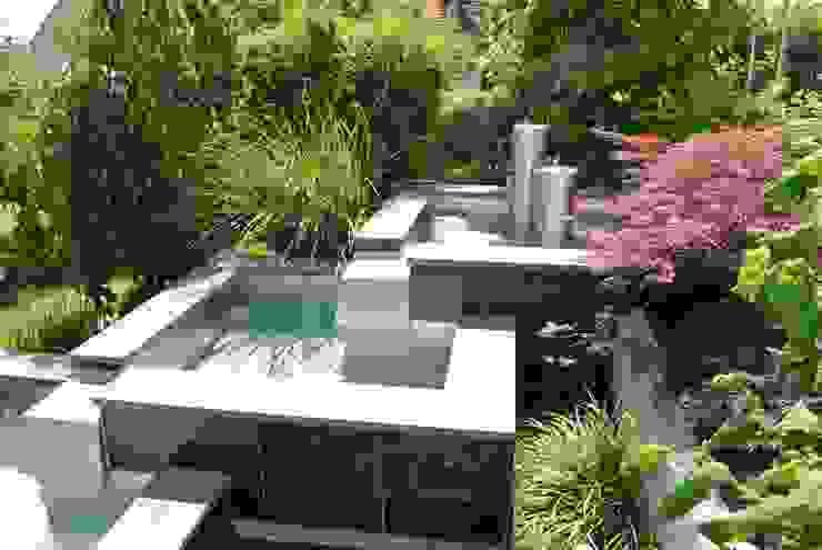 Edelstahlteichbecken Moderner Garten von Edelstahl Atelier Crouse - individuelle Gartentore Modern