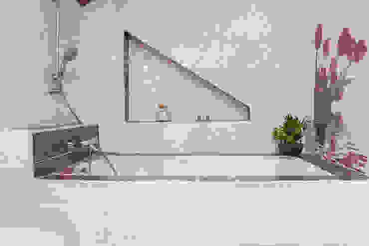 Corniche Salle de bain classique par Batbau'bio Classique