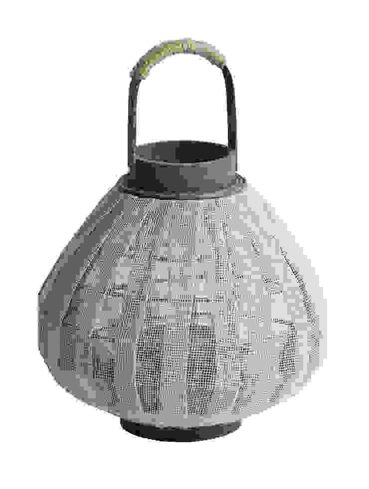 Biała latarnia do domu i ogrodu od Chwila Inspiracji Skandynawski