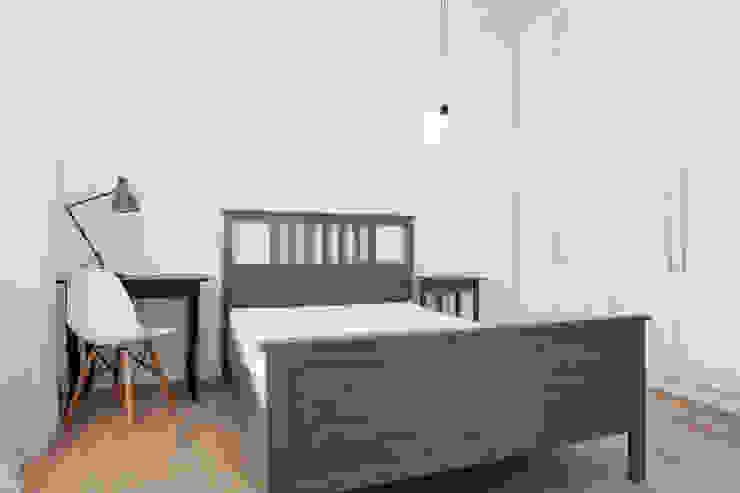 DŁUGA - 42m2 Skandynawska sypialnia od UNQO Skandynawski