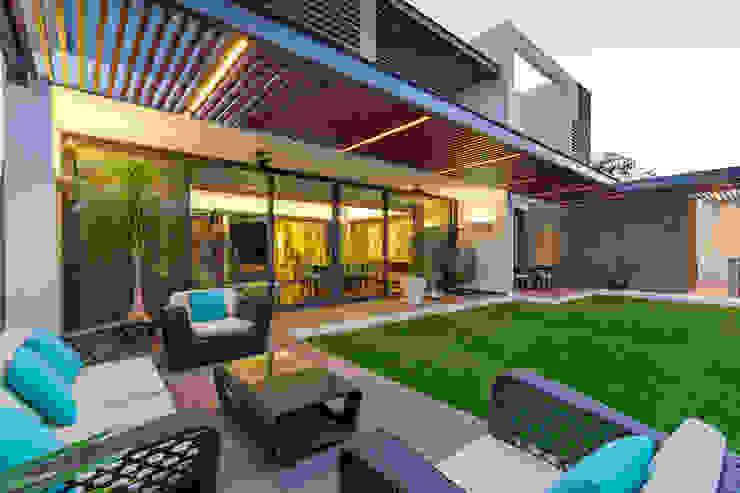 Terrazas de estilo  por Enrique Cabrera Arquitecto,