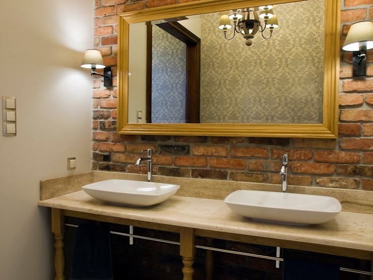 Classic style bathroom by PROJEKT MB Classic