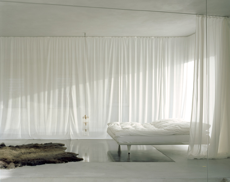 Bedroom by Brandlhuber+ Emde, Schneider
