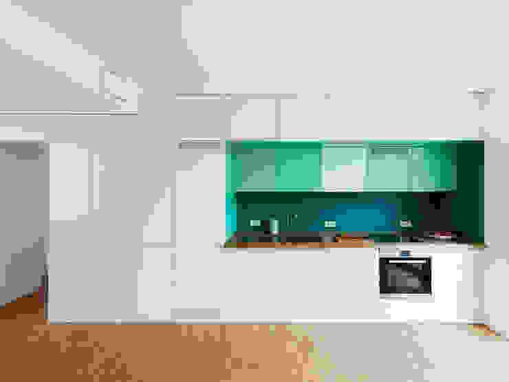 Cocinas de estilo  de IFUB*